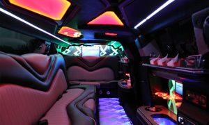 Chrysler-300-limo-rental-La Vista