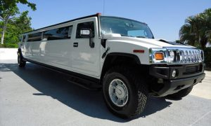 Hummer-Greer-limo-Offutt AFB
